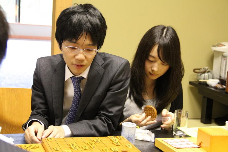 豊島将之七段の彼女は!?きゅんと呼ばれる天才オールラウンダー棋士の素顔とは