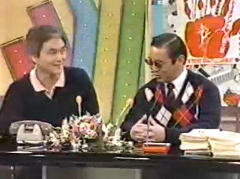 当時、タモリは「フォークソングは暗くて嫌い」などと公言し、小田が在籍していたオフコースなどの名前を挙げていた。 (c)フジテレビ