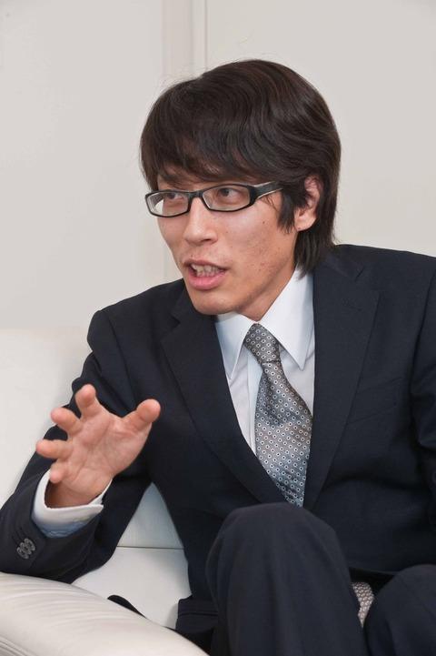 竹田恒泰氏は作家、慶應大学講師。 明治天皇の玄孫としてメディアでも話題に。 JOC会長の竹田恒和氏を父に持つ。