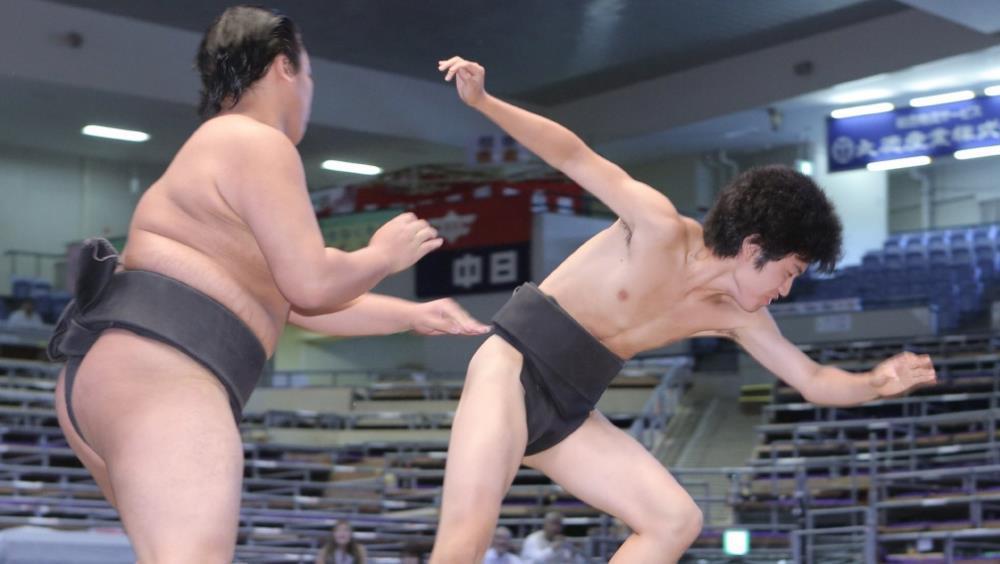 育盛はなぜ相撲取りになったのか―67キロ超軽量力士の相撲に対する熱い想い
