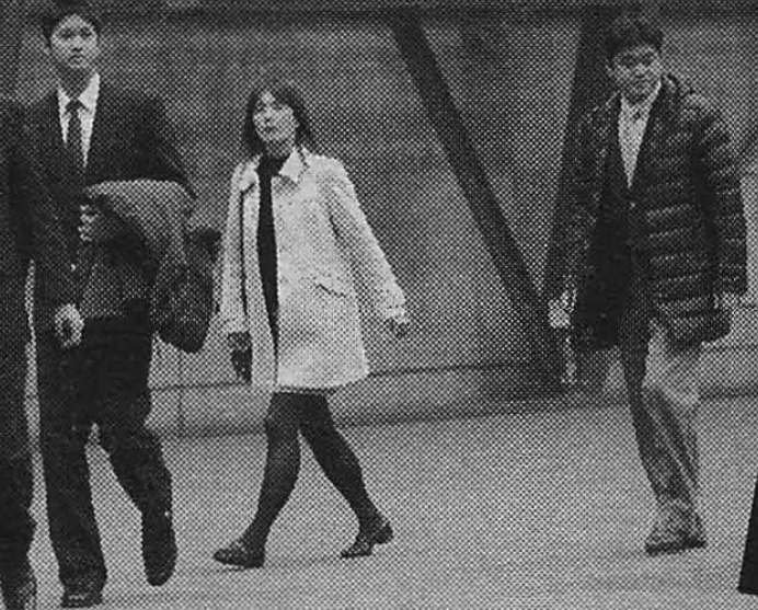 練習場を見学する 大谷翔平と母・加代子さん、父・徹さん
