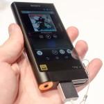 高級ウォークマンSONY「NW‐ZX2」のバッテリーが倍になった理由―平井社長はZX1を愛用していた