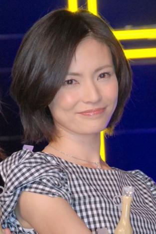 塚本まり子さんが大人AKBに決定! 37歳で2児のママの素顔とは